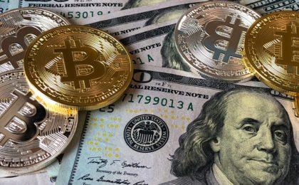 Dollar und Bitcoin